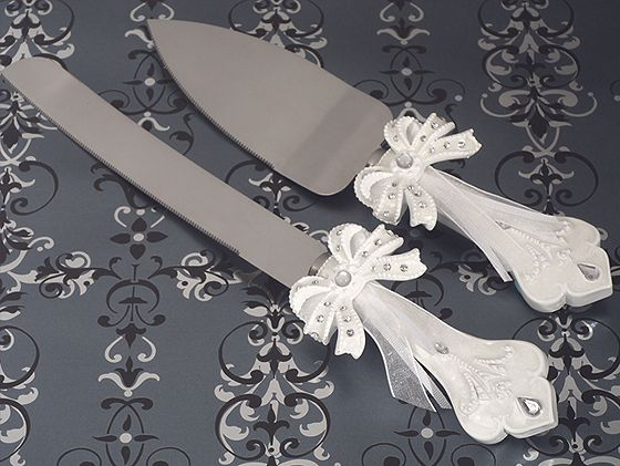 how to decorate a wedding cake knife cake server and knife set blank new york sublime events 15658